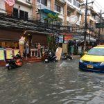 豪雨でパタヤ・ソイブッカオ一帯が大洪水