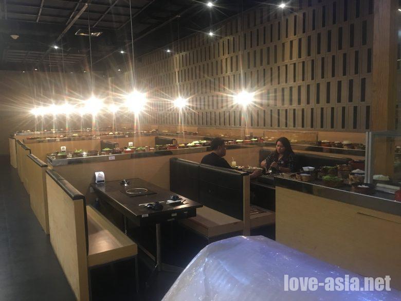 ロボットレストラン春 パタヤ