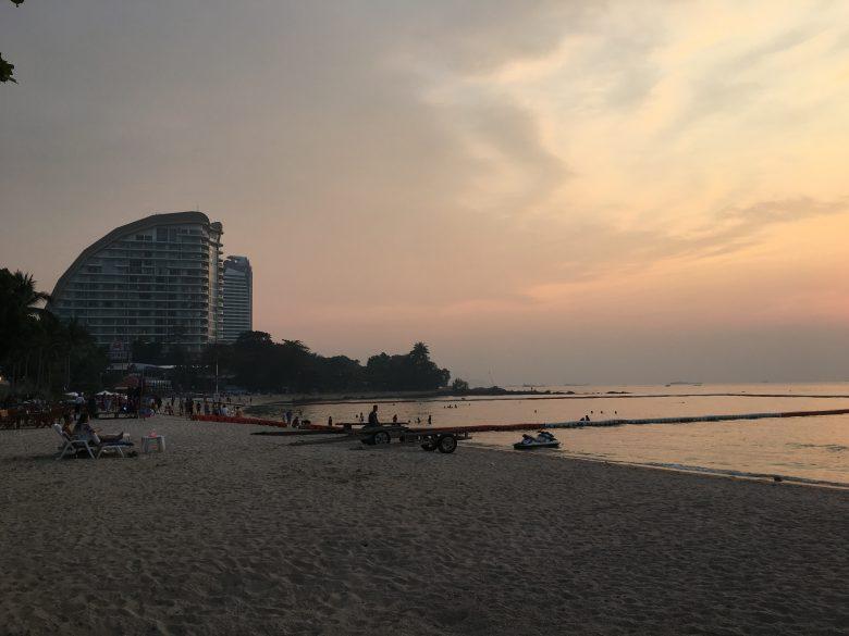 ナクルアビーチ